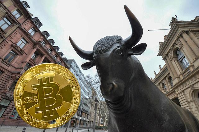 Fundstrat-Tom-Lee-2020-Kripto-icin-Yeni-Tum-Zamanlarin-En-Yuksek-Seviyesini-Bekliyor-kripto-para-cryptocurrency-blok-zincir-blockchain-over-the-counter-otc-bitcoin-btc