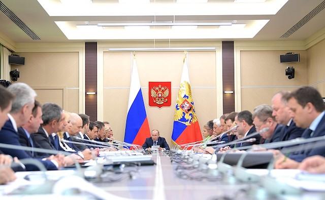 Moskova-ogrenci-Konseyleri-Haziran-ayinda-Pilot-Blok-Zincir-Blockchain-E-Oylamayi-Planliyor-dagıtılmış-defter-teknolojisi-dlt