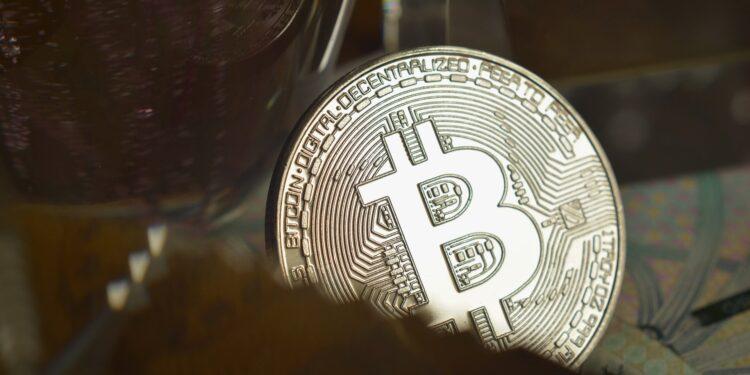 Eski Cüzdanlardan Bitcoin Çıkışı Yapılıyor