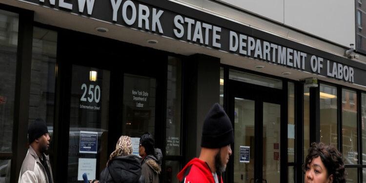 ABD'de İşsizlik Maaşı Başvuruları Beklentinin Altında Kaldı